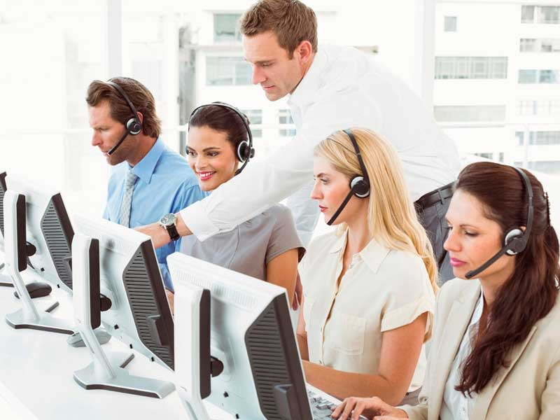 Afin d'avoir des clients satisfaits, il est important d'être à l'écoute. Que de mieux qu'une hotline pour faciliter les choses.