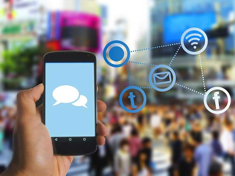 Les réseaux sociaux sont de véritables aubaines, car ils contribuent grandement à maintenir un service client efficace. Découvrez pourquoi et surtout comment.