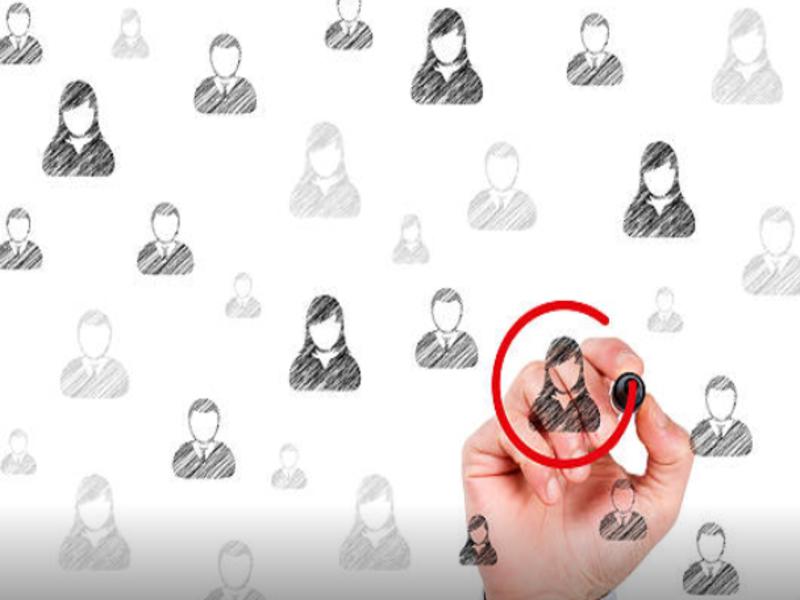 Le CRM est un logiciel capable d'emmagasiner plusieurs données. Voyez comment il s'avère efficace pour les conseillers clients.